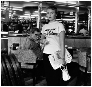 jean-seberg-in-jean-luc-godards-c3a0-bout-de-souffle-breathless-photo-by-raymond-cauchetier-1960