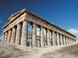 Doric columns