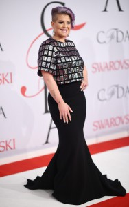 Kelly+Osbourne+2015+CFDA+Fashion+Awards+Inside+fk0YyNSRy2ml
