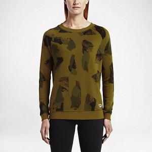 sportswear-modern-womens-crew-1